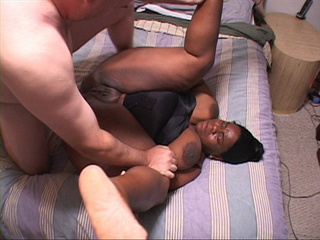 Fat black bitch in a body spreads her heavy legs to take - Picture 4