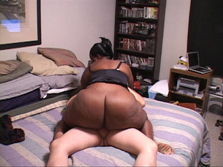 Black slutty MIL with a chubby ass and big tits riding - Picture 4