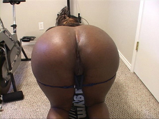 Lustful black slut gets her pooper slammed badly in - Picture 3