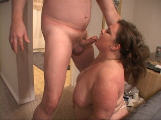 Curly fat bitch enjoys riding a stiff rod before dirty - Picture 1