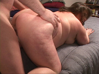 Curly fat bitch enjoys riding a stiff rod before dirty - Picture 2