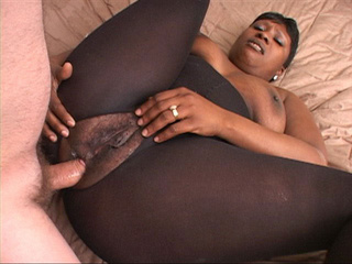 Slutty black mama in a catsuit opens her back door for a - Picture 2