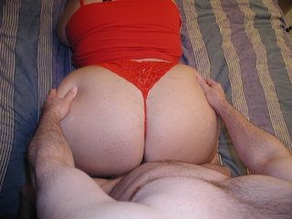 Big blonde bitch in a red sexy lingerie gets doggystyled - Picture 4