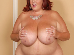Fat red mature sucks two cocks at once - Picture 6