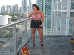 Red fat bitch in fishnet stockings fucking with black - Picture 2