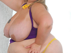 Fair fatty in yellow shoes banged hard - Picture 3
