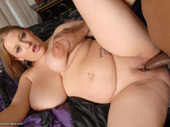 Blonde fat babe banged by black guy - Picture 12