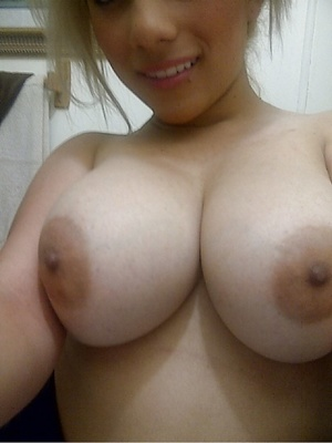 Slutty Asian girls showing off their huge juggs - Picture 3