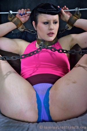 Ponytailed brunette bound with chins and - XXX Dessert - Picture 4