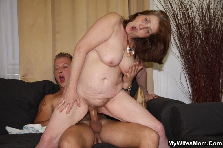 nude girl and gorilla erotic pics