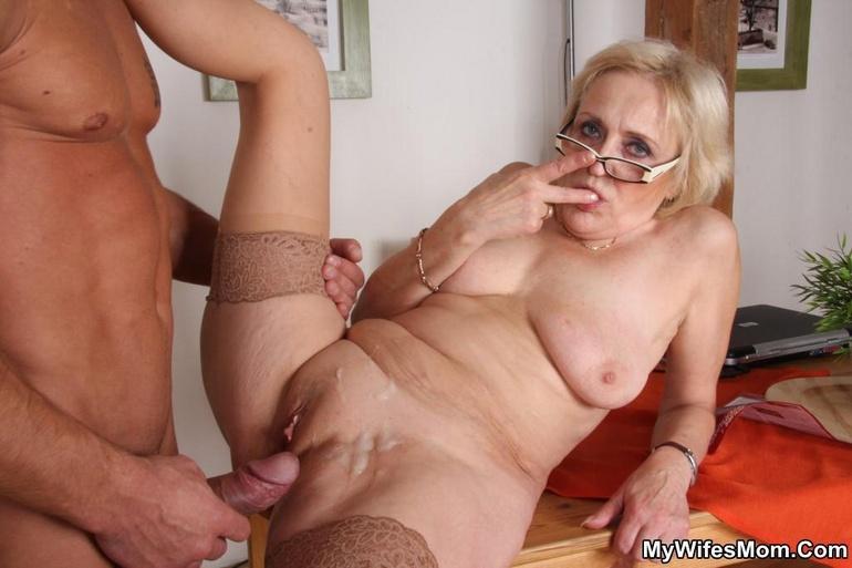 порно фото трах старушки