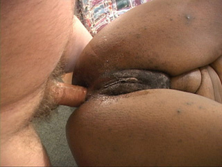 Horny white man rimming hard old granny's black ass - Picture 1