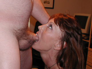 Red mature bitch gets her face fucked hard before ass - Picture 2