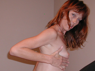 Red mature bitch gets her face fucked hard before ass - Picture 3