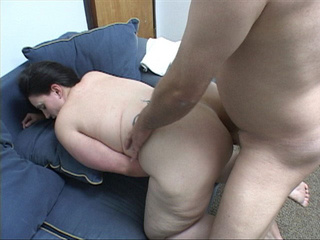Brunette mom with big ass  gets id penetrated deeply - Picture 3