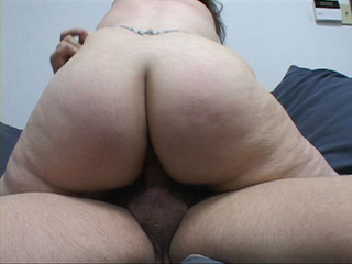 Brunette mom with big ass  gets id penetrated deeply - Picture 4