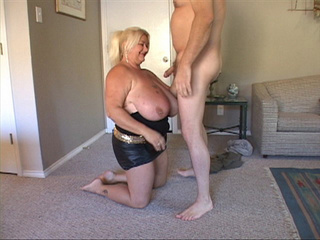 Big-titted blonde fatso blowing bald dude's dick - Picture 2