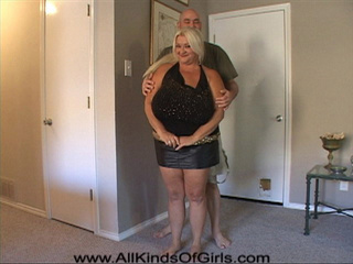 Bald dude gets horny when undressing huge blonde mama - Picture 2