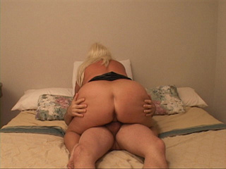 Fat ass blonde bitch riding passionately bald guy's dick - Picture 2