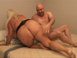 Fat ass blonde bitch riding passionately bald guy's dick - Picture 4