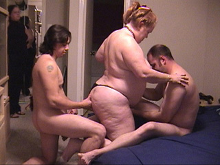 Old red bitch enjoys fucking with two horny guys - Picture 3