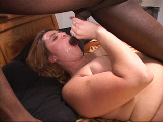 Two dudes handling fair fatty - Picture 3