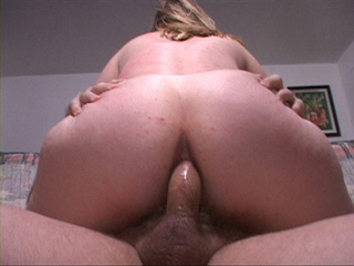 Fair-headed mom gets her fat ass fucked - Picture 2