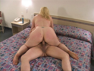 Blonde fatty assfucked - Picture 1