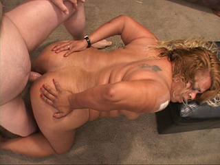Blonde latina fat mom loves assfucking - Picture 4
