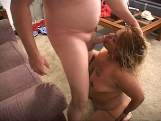 Fat latina mom sucks dick before assbanging - Picture 2