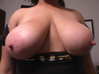 Busty latina BBW in black dress shows off - Picture 3