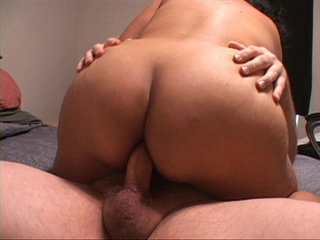 Latina mature sucks - Picture 4