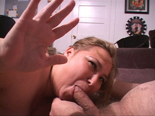 Blonde MILF sucks - Picture 1
