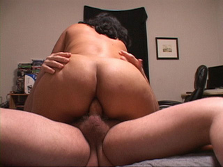 Latina mom gets her fat ass banged - Picture 4