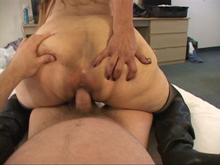 Chubby granny in stockings gets her ass nailed - Picture 2