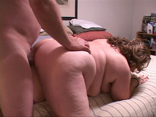 Fat blonde mature sucks cock before ass drilling - Picture 3