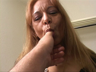 Old cunt in black body riding a stiff rod - Picture 1