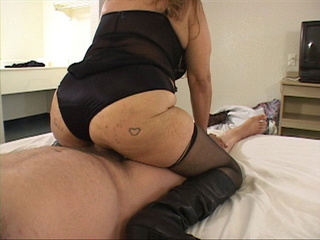 Old cunt in black body riding a stiff rod - Picture 4