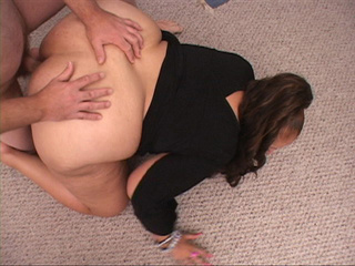 Lustful latina MILF in black blouse gets ass doggystyled - Picture 3