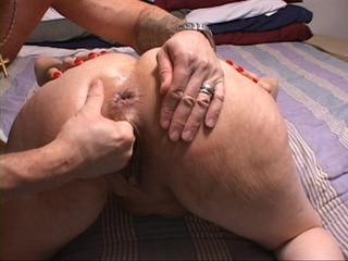Latina mom blowing dick - Picture 1