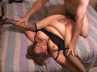 Busty Mexican granny assfucked - Picture 3