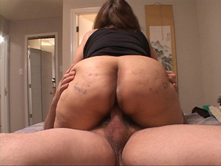 Latina granny in stockings rides dick with her ass - Picture 4