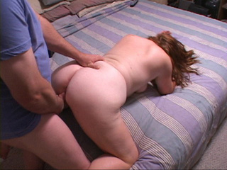 Red mom swallows cock before ass pounding - Picture 3