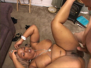 Fat ebony mom buttfucked - Picture 1
