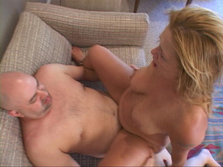 Chubby blonde MILF jumps on a dick - Picture 1