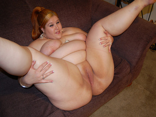 Ponytailed red fatty posing - Picture 4