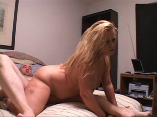 Chubby blonde loves cockriding with her butthole - Picture 2