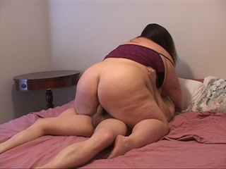 Enormous brunette mom in purple gets assfucked - Picture 1