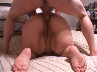 Fat fair bitch assfucked in doggy style - Picture 4