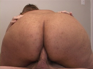 Black ponytailed mamasita swallows dick before - Picture 4